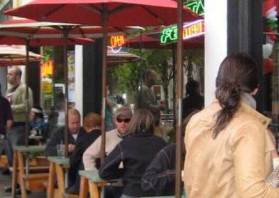 nw-portland-sidewalk-cafe